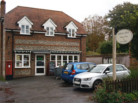 Abbotts Ann Village Shop Receives Further Grant from Hampshire County Council