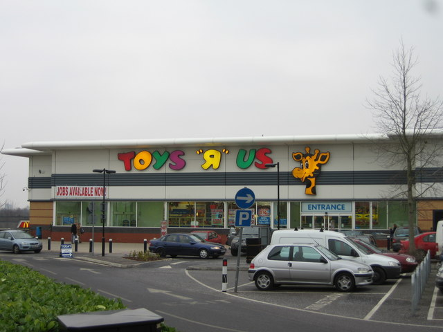 Local News | Toys R Us Fall into Administration | Andover & Villages
