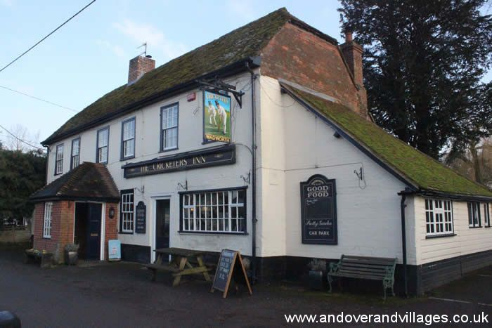 Lady Does Lunch at The Cricketers in Longparish