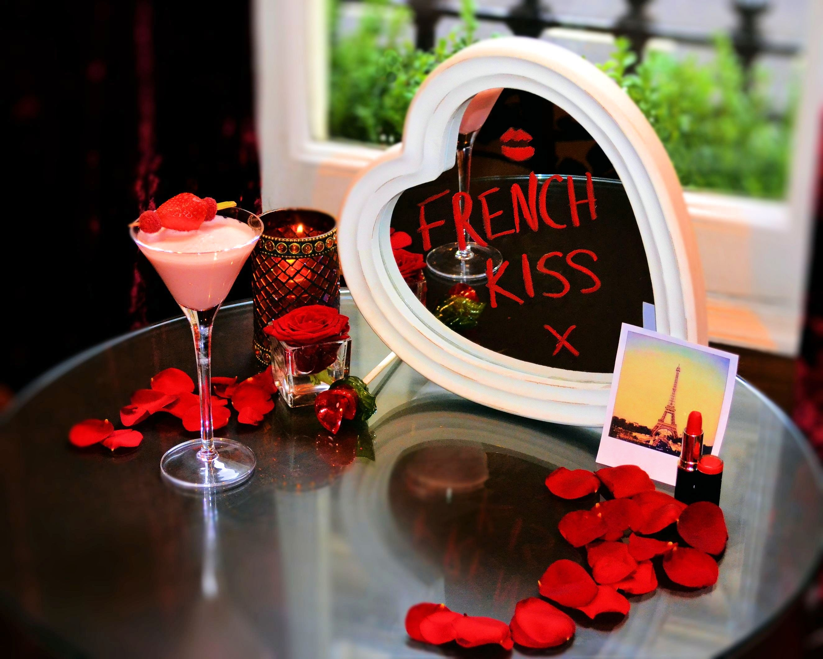 French kiss Cocktail for Valentines Day