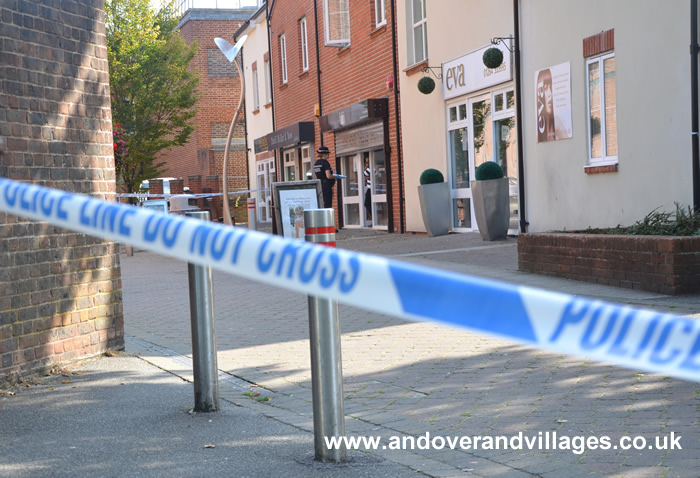 David Mellor Andover Shop in Violent Robbery