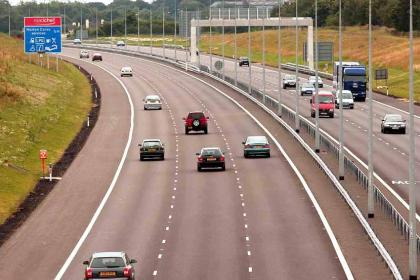 Andover News - New Road Markings to Keep Journeys Safe on the M3