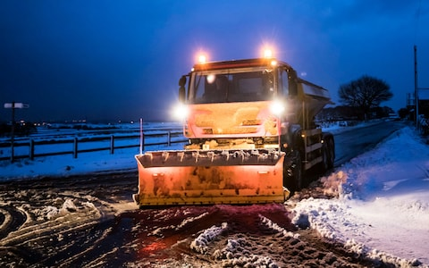 Travel News | Highways Update Snow ALERT - 17th March 2018 | Andover & Villages