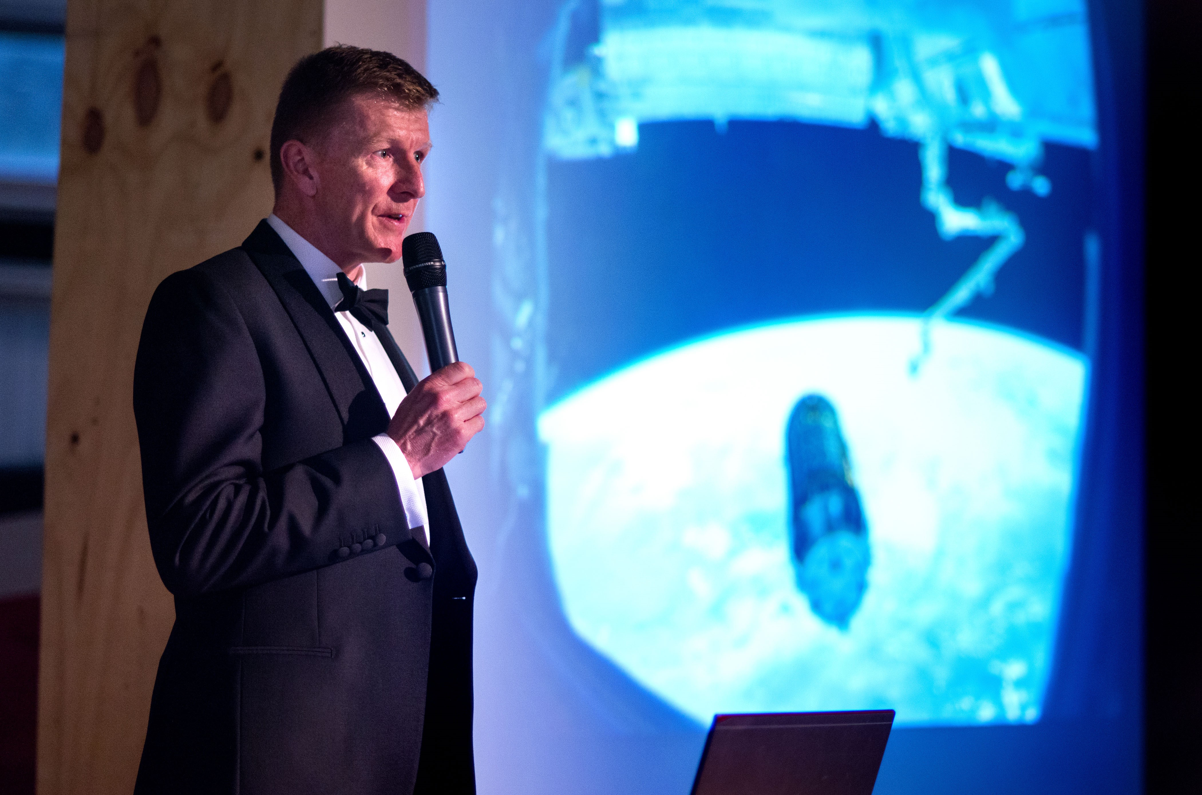 What's On | Tim Peake Wows Guests at Local Museum | Andover & Villages