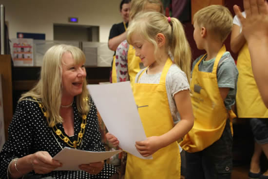 Andover What's On - Lady Mayor Presents Farm to Fork Chefs Certificates