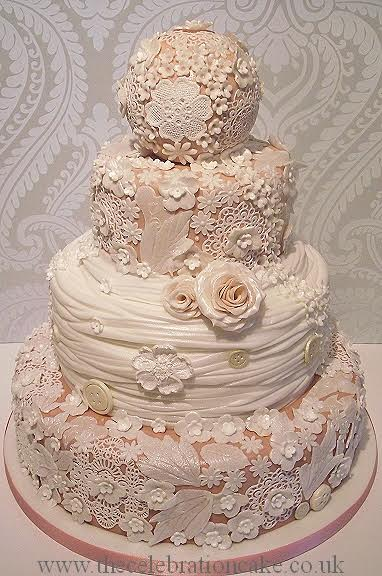 Specialised Wedding Cakes From Creative Cakes