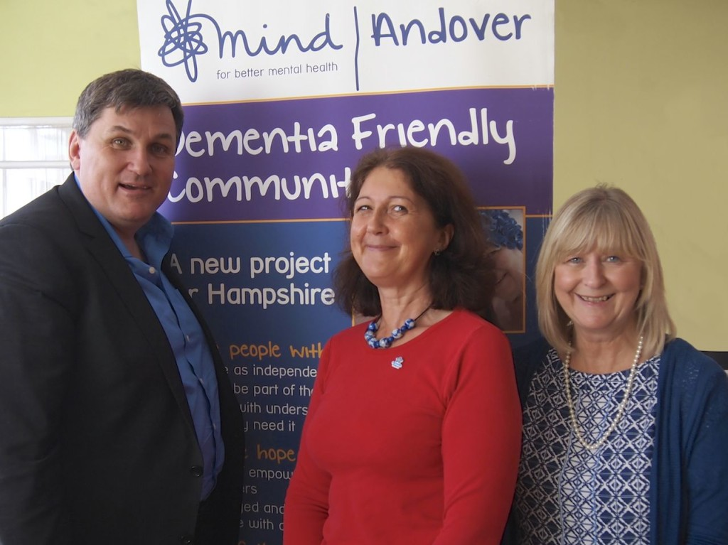 Kit Malthouse joins campaign for Dementia Friendly Andover and calls for volunteers.