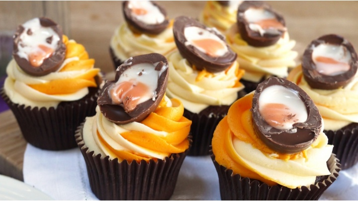 News | Creme Egg Cupcakes For Easter| Romsey & Villages