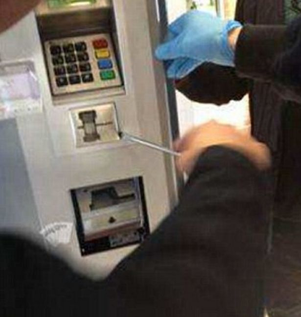 Andover Local News | Suspicious Incidents At Cash Machines - Police Issue Advice | Andover & Villages