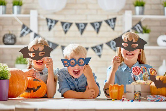 One In Ten Will Spend Over £50 On Halloween This Year