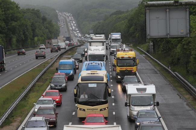 Traffic news M3, A303